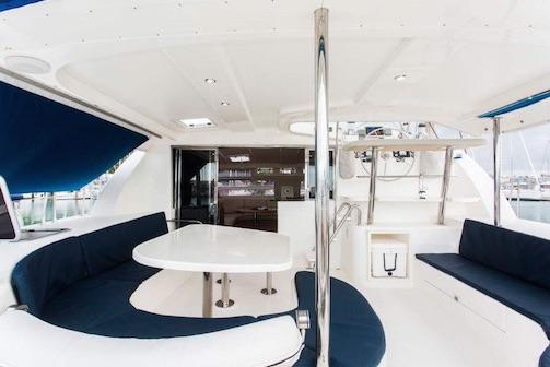 Catamaran A- Leopard 7