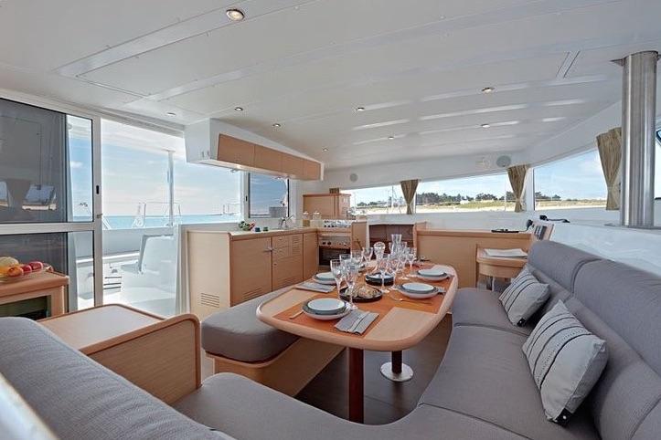 Catamaran B- Danuri4